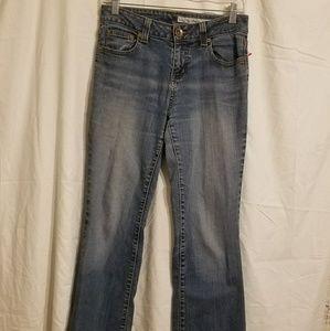 Vintage DKNY Jeans. Straight Leg. Mid-Rise.